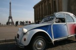 Citroën 2CV from the Trocadero with Eiffel Tower
